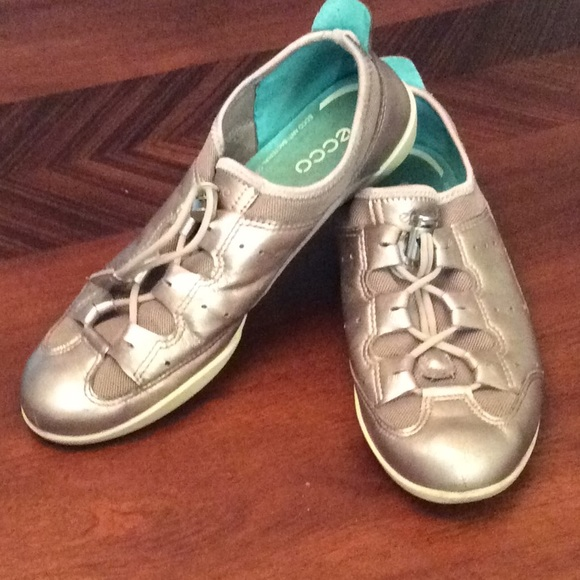 61d357e461b6e Ecco Shoes | Womans Silver Soft Athletic Shoe | Poshmark